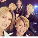 X JAPANのYOSHIKIが涙!GLAY20周年ライブで奇跡のサプライズ!